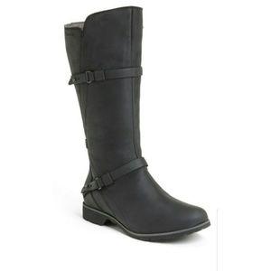 Teva De La Vina Waterproof Leather Black Boots